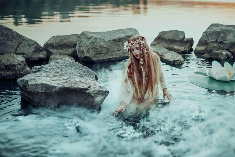 astrologyhub-cancernewmoon-river